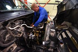 Diesel Mechanic Semi Trucks